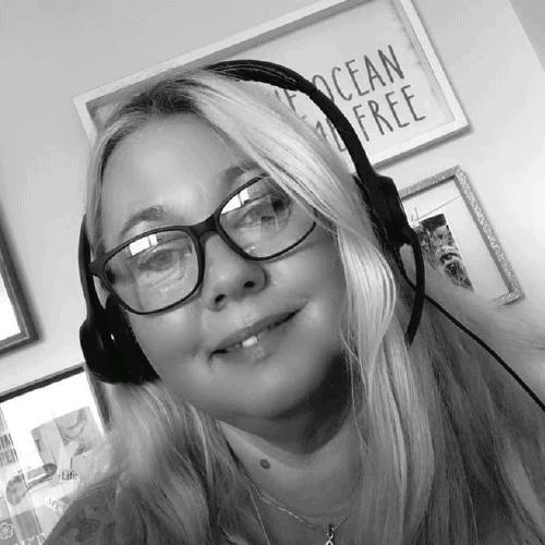 Michelle Cooper wearing headphones
